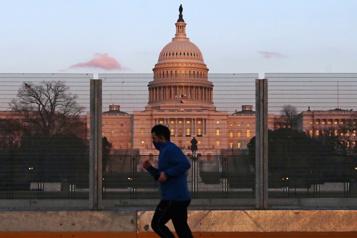 Calme au Capitole après une nouvelle menace extrémiste)