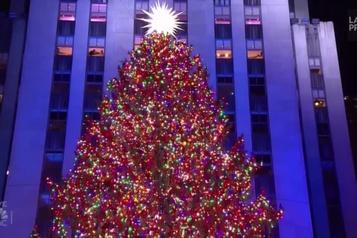 Le sapin du Rockefeller Center officiellement illuminé)
