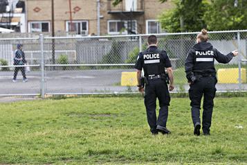 Et si on parlait du (dé)financement de la police? )
