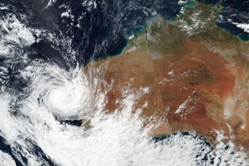 L'ouest de l'Australie balayé par le cyclone Seroja)