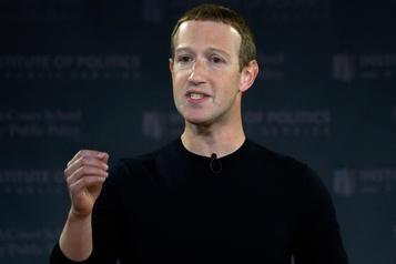 Zuckerberg défend Facebook, «une entreprise fièrement américaine»)