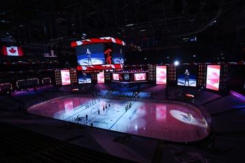 Match Canadien-Penguins: l'hymne national en anglais seulement fait des mécontents)
