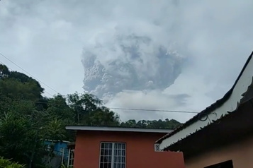 Petites Antilles Nouvelle éruption volcanique à Saint-Vincent)