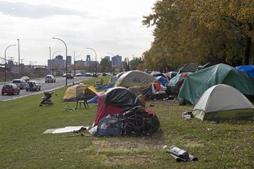 Un hôtel montréalais transformé en refuge pour sans-abri)