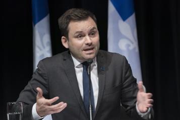 Langue française  Les péquistes votent pour la loi 101 au cégep )