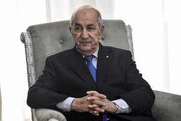 Le président algérien atteint du coronavirus)
