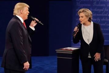 Trump et Clinton échangent des railleries sur Twitter