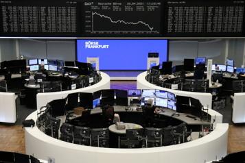 Les Bourses européennes reprennent des couleurs mais guettent l'évolution sanitaire)