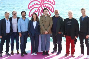 La série française Dixpour cent reviendra avec un film et une 5esaison)