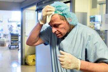 Italie: une centaine de médecins tués par le coronavirus