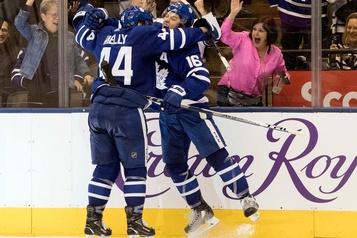 Rielly permet aux Maple Leafs de vaincre les Bruins