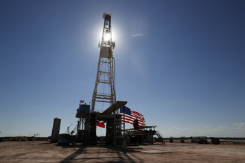Le pétrole rebondit, aidé par les perspectives de reprise américaine)
