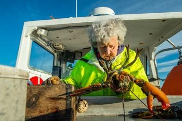 À 101ans, la «dame aux homards» américaine pêche toujours)