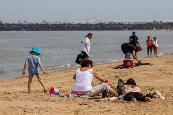 La crise vue d'Europe: à Ostende, ilfaudra réserver son bout de plage…)