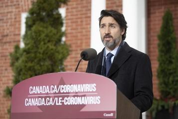 La majorité des Canadiens vaccinés d'ici septembre, avance Trudeau)