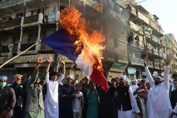 Nouvelles manifestations contre la France dans le monde arabo-musulman)