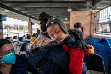 Plus de 200mineurs placés dans un centre temporaire à la frontière sud)