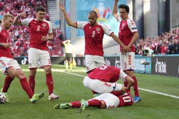 Euro Malaise en plein match pour le Danois Christian Eriksen, la Finlande l'emporte)