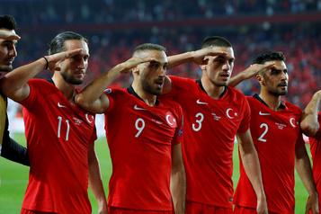 Euro-2020: l'UEFA va «examiner» le salut militaire des joueurs turcs