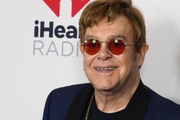 Brexit Elton John appelle Londres à agir pour faciliter les tournées dans l'UE)