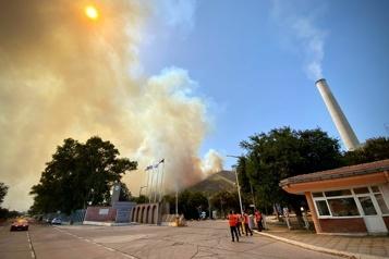 Turquie Le feu reprend autour d'une centrale thermique)