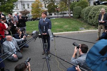 Trump se pose en victime d'un «lynchage», indignation à Washington