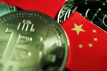 La Chine s'active pour freiner l'industrie des cryptomonnaies)