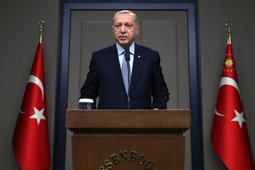 Syrie: Erdogan menace de relancer l'offensive, avant de rencontrer Poutine