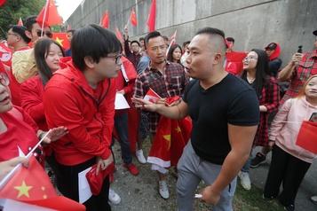 Hong Kong: manifestations pro-démocratie et pro-Chine au Canada