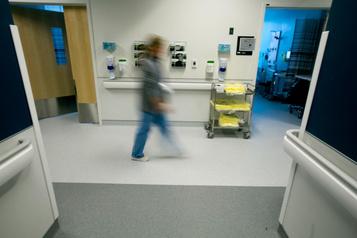 Photo des doigts tranchés d'un patient: une infirmière du CHUM suspendue