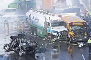 Carambolage majeur à LaPrairie: au moins neuf blessés graves