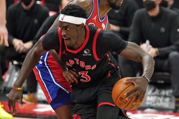 Raptors de Toronto L'équipe de nouveau privée de cinq joueurs à Boston)