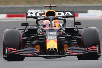 Grand Prix de France Max Verstappen décroche la position de tête )