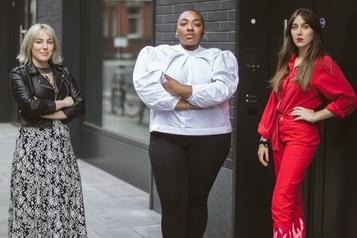 Campagne d'une mannequin grande taille Instagram met à jour sa politique sur la nudité )