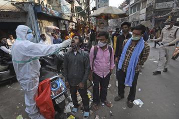 Plus de neuf millions de cas de COVID-19 en Inde)