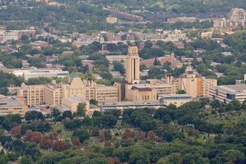 Conférencière complotiste invitée à l'Université de Montréal
