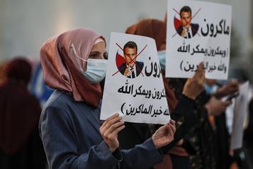 Appels en France à «résister au chantage» du boycottage dans le monde musulman)