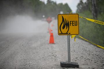 Incendie de forêt au Lac-Saint-Jean: «C'est notre retraite qui part en fumée» )