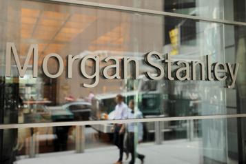 Morgan Stanley stimulée par ses banquiers d'affaires et courtiers)