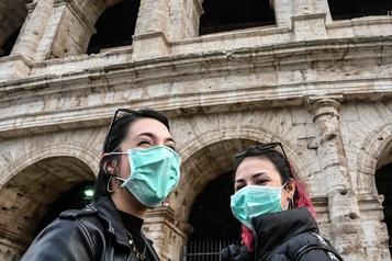 La police de Milan saisit des centaines de masques de protection