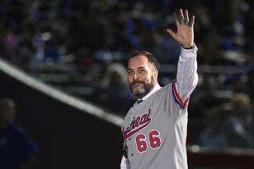 Un géant du baseball, Derek Aucoin, s'éteint)