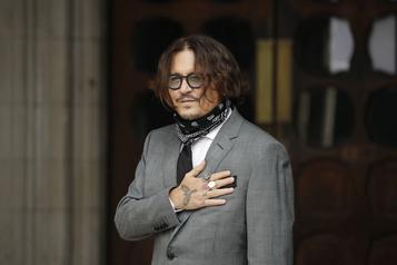 Johnny Depp assure n'avoir jamais frappé son ex-femme)