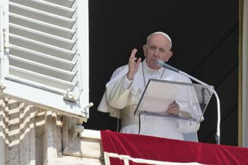 Abus sexuels par le clergé catholique Le pape demande des «mesures concrètes de réforme» )