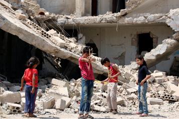 Guerre en Syrie Les combats dans la province de Deraa ont fait fuir 18000civils)