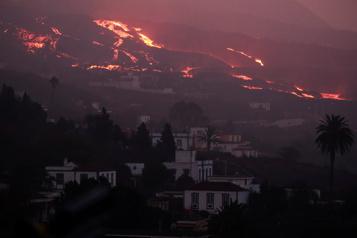 Éruption aux Canaries Plusieurs vols suspendus à l'aéroport de La Palma