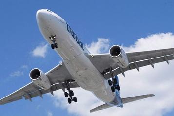 Un bébé malade expulsé d'un vol d'Air Transat