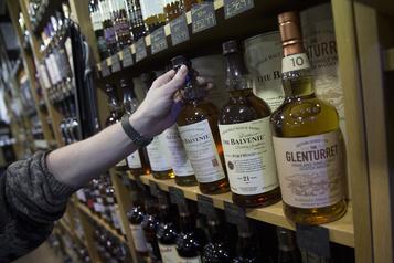 Les droits de douane américains vont coûter cher aux producteurs de whisky écossais