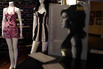 La garde-robe et des objets personnels d'Amy Winehouse aux enchères