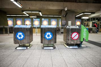 Crise du recyclage: l'opposition appelle à la fin de la collecte pêle-mêle