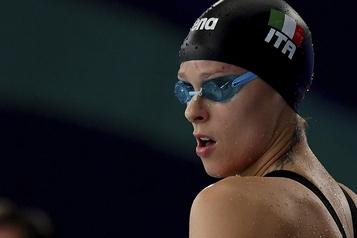 La double médaillée olympique Federica Pellegrini a attrapé la COVID-19)